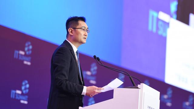 智东西晚报:上海启动5G试用 Lyft上市首日收涨逾8%