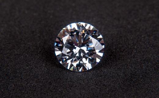 钻石的世纪骗局终于破灭!成色一毛一样价格1/10,最大产地竟是河南!