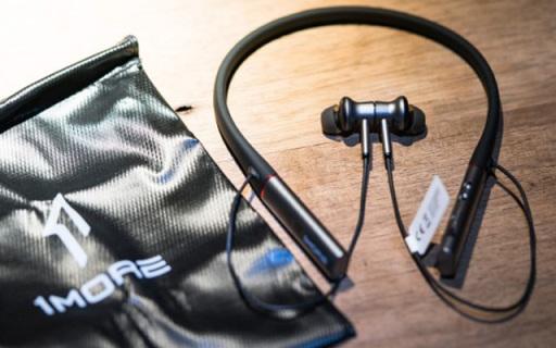 通勤一族的音乐刚需,令人发指的降噪效果!——1MORE高清降噪圈铁蓝牙耳机