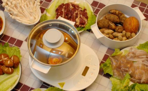 煮炖蒸煎烙一锅搞定,花样美食很轻松,圈厨多用途电热锅体验