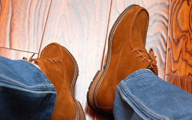 小米有品七面绒面牛皮短靴:这个冬季给自已选一双对的靴!