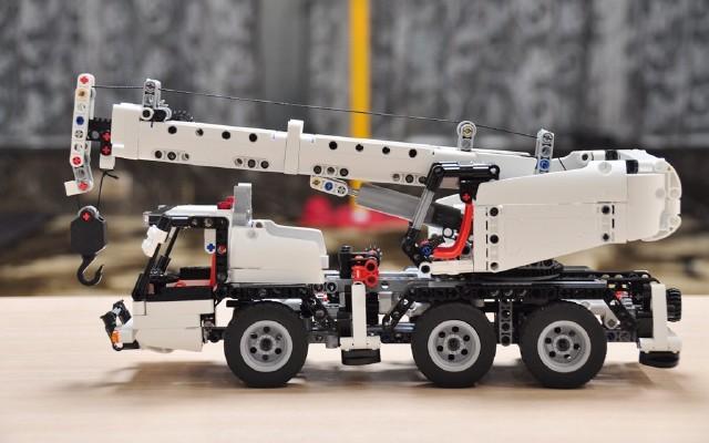 """米兔积木""""工程吊车"""",启蒙孩子机械原理的拼装玩具"""