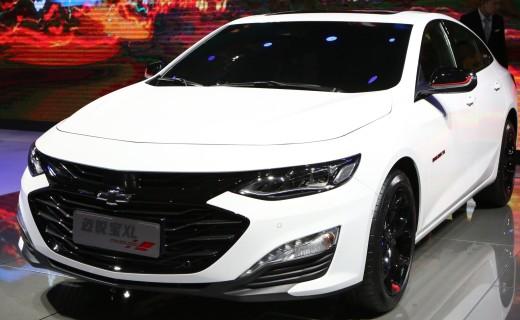最便宜的美系中型车,搭配1.3T发动机,百公里油耗竟只有5.8升!