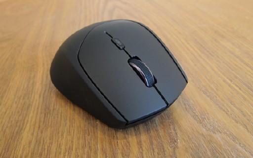 多设备操作一键切换,鼠标有它一个就够了 — 雷柏 MT550无线鼠标上手体验 | 视频
