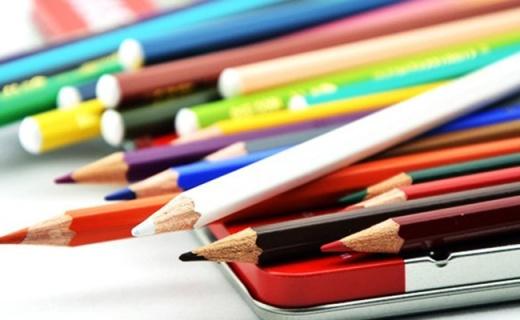 思笔乐水溶性彩铅:超细笔尖着色力强,色彩明亮不易折断