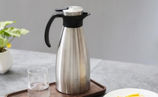 网易严选不锈钢保温壶:按压式出水,安全又耐用