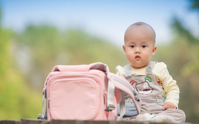 带娃出行利器 — Geekpapa 多功能婴儿包评测 | 视频