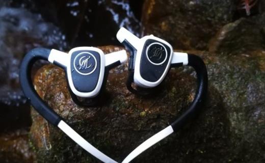 能测心率和SOS求救的耳机,户外运动的保障 — 黑特斯互动心率耳机体验 | 视频