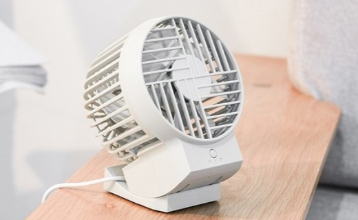 网易严选大头风扇:低噪静音,风向可调,灵动易携