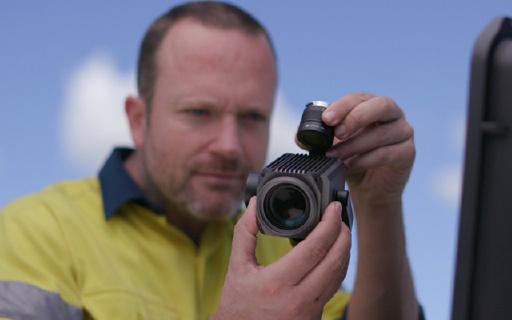 大疆新款云台相机,30倍光学加6倍数码变焦!