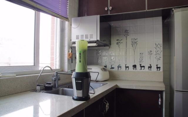 Ergo CHEF   小型水果奶昔料理機