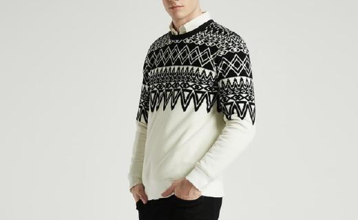 马威男士卫衣:摇粒绒面料亲肤舒适,时尚印花潮流前线