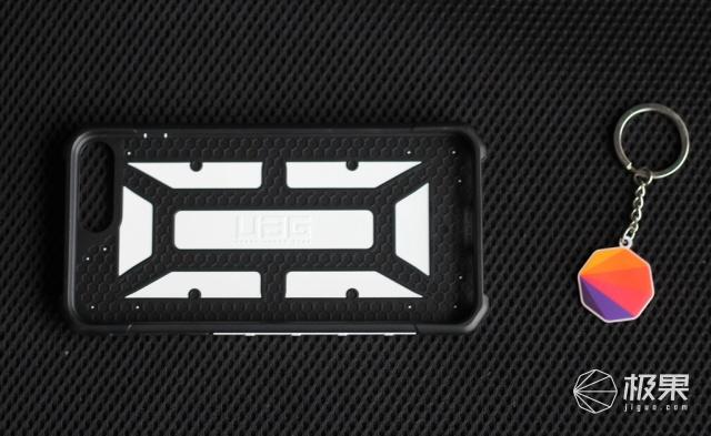 UAGiPhone7Plus(5.5英寸)防摔手机保护壳