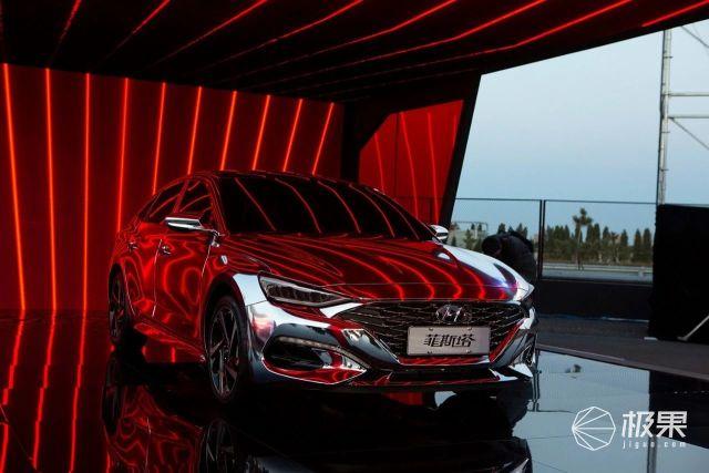 12万能买到的最帅的车!全球十佳发动机,性能吊打思域