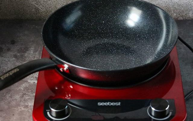 视贝3D凹槽晶板电磁炉,受热均匀饭菜更入味 | 视频