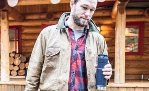 史丹利不锈钢保温杯:304材质健康安全,真空隔热长效保温