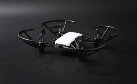 年轻人的第一台无人机,便携好用揣兜里就走 — 特洛TELLO无人机上手体验 | 视频