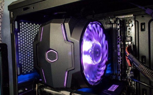 RGB灯效+风冷散热,再不用担心机箱变烤箱 — 酷冷至尊暴雪T610P风冷散热器体验