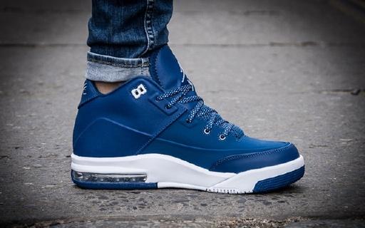 耐克Jordan Flight Origin3篮球鞋:简版AJ3,后置Max气垫实战上街均可