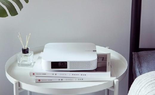 极米Z6无屏电视:超3米宽大屏+1080p,售价2999