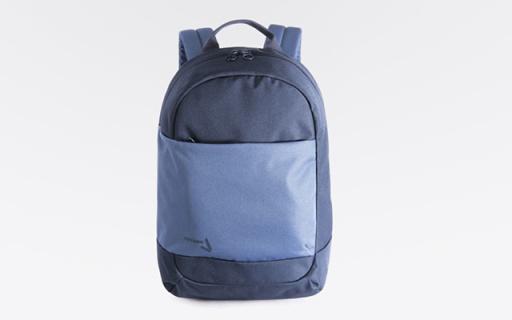 TUCANO电脑双肩背包:可放置15英寸笔记本,加宽加厚肩带