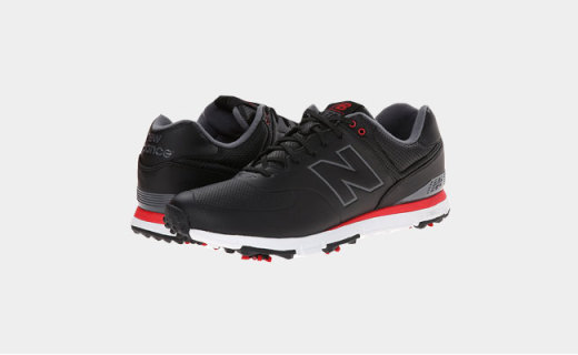 新百倫高爾夫鞋:底部鞋釘設計,提供腿部穩定支撐