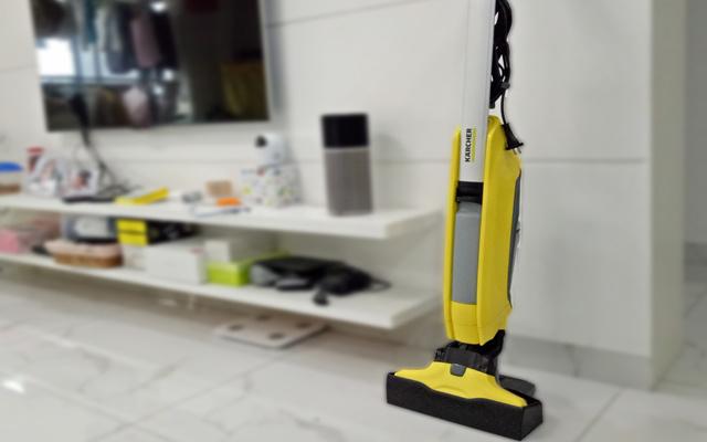 清洁地板被家里懒汉承包, 终于可以避免家庭矛盾了