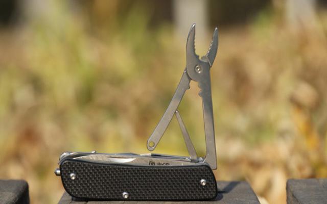 巴掌大小的工具刀,功能强悍比瑞士军刀还牛X — 锐可M61多功能工具刀测评