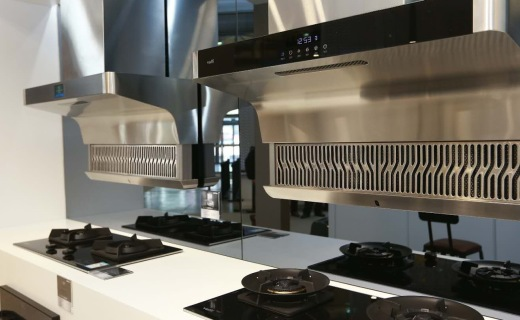 厨房后工业时代来袭 华帝三款新品惊艳亮相AWE展