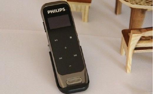 飞利浦VTR6600录音笔:60g超轻巧,触控操作支持无损录音