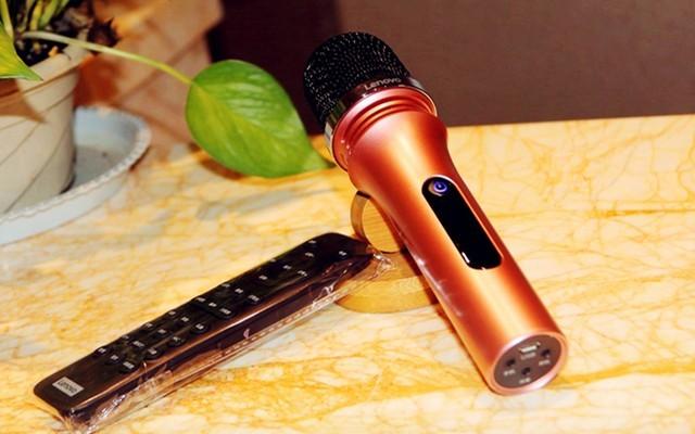 为直播而生!多种音效让你秒变主播想唱就唱 — 联想 UC20pro 手机麦克风体验 | 视频