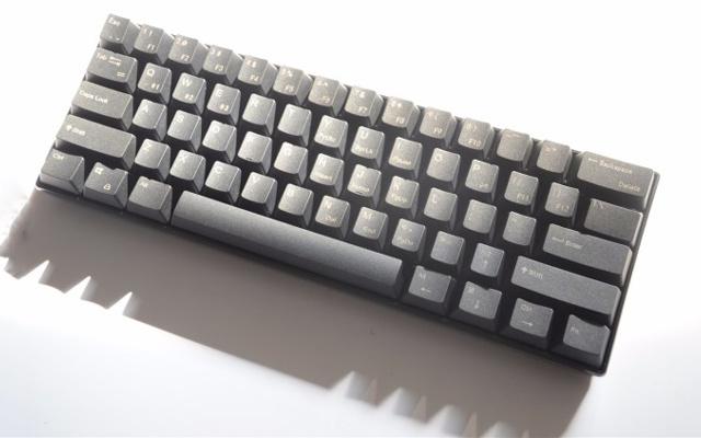 """手感与颜值共存,这键盘让我爱上桌面""""啪啪啪"""" — 高斯 ALT 61机械键盘体验"""