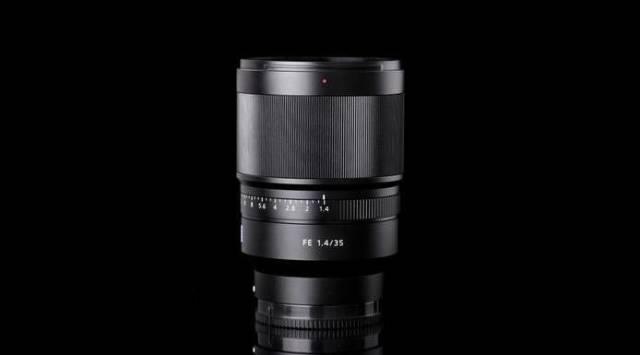 Sony索尼ILCE-6300L微单单镜套装(EPZ16-50mmF3.5-5.6OSS)黑色附送金士顿32G存储卡+相机包+桑格FW50电池+桑格座充+UV保护镜+读卡器+清洁套装+镜头盖防丢绳