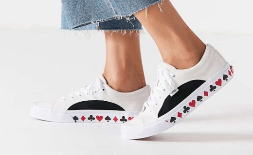 Urban Outfitters x Vans联名发售:你的跑鞋Queen